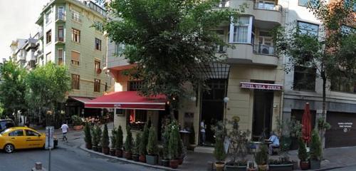Leyla Cafe Cihangir, restoran, Kılıçali Paşa Mah., Akarsu Yokuşu Sok., No:36A, Beyoğlu, İstanbul, Türkiye - Yandex Haritalar
